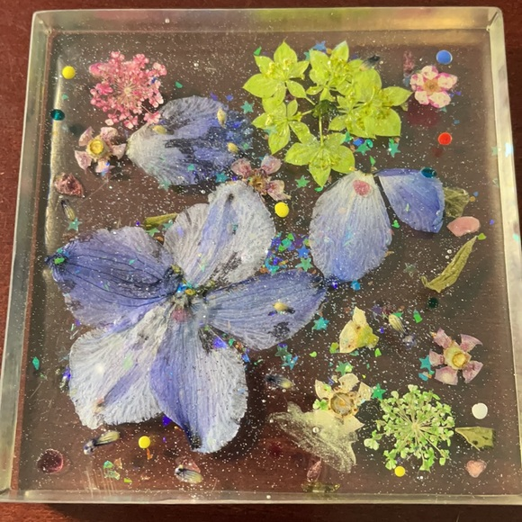 Resin coaster/paperweight